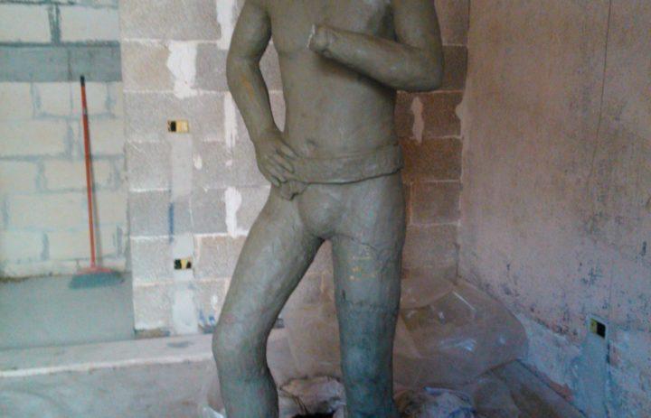 MONUMENTO A MANUELE BRAJ (PRIMA) (1)